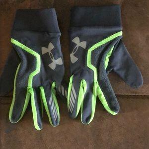 Kids Under Armour gloves